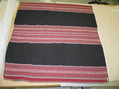 Aymara. <em>Shawl</em>, 19th century. Camelid fiber, 47 x 44 1/2 in. (119.4 x 113 cm). Brooklyn Museum, Alfred T. White Fund, 30.1165.14. Creative Commons-BY (Photo: Brooklyn Museum, CUR.30.1165.14.jpg)