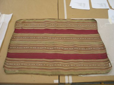 Aymara. <em>Shawl</em>, 20th century. Camelid fiber, 25 1/2 x 35 in. (64.8 x 88.9 cm). Brooklyn Museum, Alfred T. White Fund, 30.1165.29. Creative Commons-BY (Photo: Brooklyn Museum, CUR.30.1165.29.jpg)