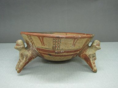 <em>Tripod Bowl</em>, 800-1200. Ceramic, pigment, 4 1/4 x 9 3/4 x 9 1/4 in. (10.8 x 24.8 x 23.5 cm). Brooklyn Museum, Gift of Mrs. Minor C. Keith in memory of her husband, 31.1110. Creative Commons-BY (Photo: Brooklyn Museum, CUR.31.1110_view1.jpg)