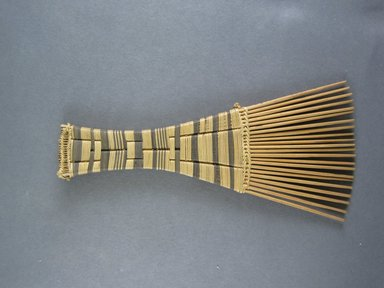 Mangbetu. <em>Hair Comb</em>. Reed Brooklyn Museum, Museum Expedition 1931, Robert B. Woodward Memorial Fund, 31.1899. Creative Commons-BY (Photo: Brooklyn Museum, CUR.31.1899_view1.jpg)