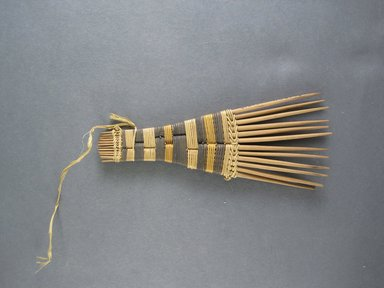 Mangbetu. <em>Hair Comb</em>. Reed Brooklyn Museum, Museum Expedition 1931, Robert B. Woodward Memorial Fund, 31.1904. Creative Commons-BY (Photo: Brooklyn Museum, CUR.31.1904_top.jpg)