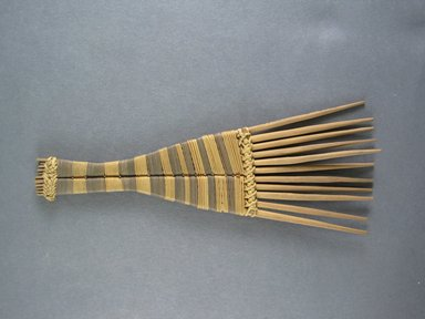 Mangbetu. <em>Hair Comb</em>. Reed Brooklyn Museum, Museum Expedition 1931, Robert B. Woodward Memorial Fund, 31.1905. Creative Commons-BY (Photo: Brooklyn Museum, CUR.31.1905_view1.jpg)