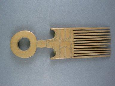 Mangbetu. <em>Hair Comb</em>. Carved wood, 3 3/8 x 2 3/16 in. (8.5 x 5.5 cm). Brooklyn Museum, Museum Expedition 1931, Robert B. Woodward Memorial Fund, 31.1920. Creative Commons-BY (Photo: Brooklyn Museum, CUR.31.1920_top.jpg)