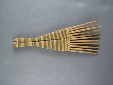 Mangbetu. <em>Hair Comb</em>. Reed Brooklyn Museum, Museum Expedition 1931, Robert B. Woodward Memorial Fund, 31.1921. Creative Commons-BY (Photo: Brooklyn Museum, CUR.31.1921_view1.jpg)