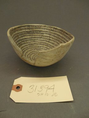 Ancient Pueblo (Anasazi). <em>Bowl</em>, Pueblo I. Clay, slip, pigment, 2 3/4 x 5 in. (7 x 12.7 cm). Brooklyn Museum, Gift of Mrs. E.D. Stone, 32.2093.31394. Creative Commons-BY (Photo: Brooklyn Museum, CUR.32.2093.31394_view1.jpg)