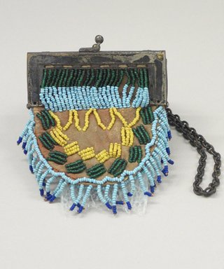 Blackfoot. <em>Beaded Purse</em>, early 20th century. Beads, hide, metal, 3 1/2 x 4 in. (8.9 x 10.2 cm). Brooklyn Museum, Bequest of W.S. Morton Mead, 32.2099.32547. Creative Commons-BY (Photo: Brooklyn Museum, CUR.32.2099.32547_view1.jpg)