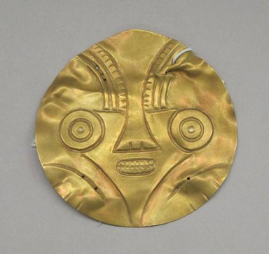 <em>Disk</em>. Gold, 3 3/4 x 3 3/4 in. (9.5 x 9.5 cm). Brooklyn Museum, Museum Expedition 1931, Museum Collection Fund, 33.448.10. Creative Commons-BY (Photo: Brooklyn Museum, CUR.33.448.10.jpg)