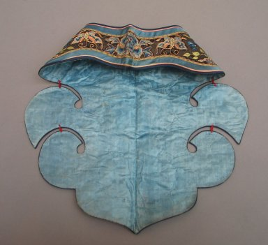 <em>Collar</em>, 19th century. Satin silk, 7 5/16 x 17 1/8 in. (18.5 x 43.5 cm). Brooklyn Museum, Brooklyn Museum Collection, 34.1393. Creative Commons-BY (Photo: Brooklyn Museum, CUR.34.1393_front.jpg)