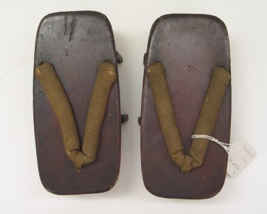 <em>Pair of Men's Sandals (Geta)</em>. Wood, silk or cotton, each: 2 9/16 x 3 5/16 x 7 5/16 in. (6.5 x 8.4 x 18.5 cm). Brooklyn Museum, Brooklyn Museum Collection, 34.1495. Creative Commons-BY (Photo: Brooklyn Museum, CUR.34.1495_view1.jpg)