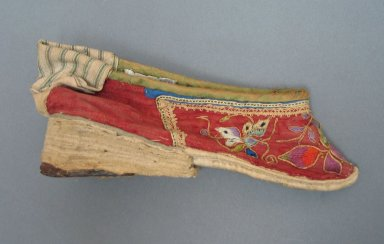 <em>Shoe for a Woman's Bound Feet</em>, 19th century. Cloth cotton, leather, 3 1/8 x 7 1/16 in. (8 x 18 cm). Brooklyn Museum, Brooklyn Museum Collection, 34.1497. Creative Commons-BY (Photo: Brooklyn Museum, CUR.34.1497_view1.jpg)