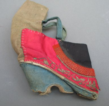 <em>Shoe for a Woman's Bound Feet</em>, 19th century. Wood, embroidered cloth silk and cloth cotton, 5 7/8 x 4 5/16 in. (15 x 11 cm). Brooklyn Museum, Brooklyn Museum Collection, 34.1498. Creative Commons-BY (Photo: Brooklyn Museum, CUR.34.1498_view1.jpg)