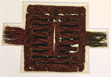 Paracas. <em>Poncho</em>, 600-150 B.C.E. Camelid fiber, 45 x 28in. (114.3 x 71.1cm). Brooklyn Museum, Alfred W. Jenkins Fund, 34.1582. Creative Commons-BY (Photo: , CUR.34.1582.jpg)