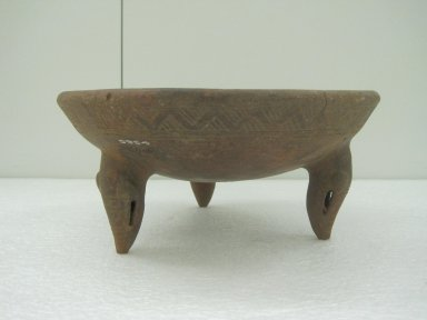 <em>Tripod Bowl</em>, 800-1550. Ceramic, 4 3/4 x 10 7/16 x 10 1/2 in. (12 x 26.5 x 26.7 cm). Brooklyn Museum, Alfred W. Jenkins Fund, 34.1611. Creative Commons-BY (Photo: Brooklyn Museum, CUR.34.1611.jpg)