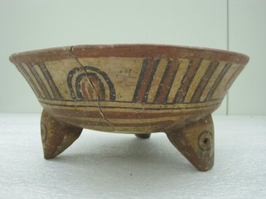 <em>Tripod Bowl</em>, 800-1200. Ceramic, pigment, 4 3/8 x 10 1/4 x 10 5/16 in. (11.1 x 26 x 26.2 cm). Brooklyn Museum, Alfred W. Jenkins Fund, 34.1883. Creative Commons-BY (Photo: Brooklyn Museum, CUR.34.1883_view1.jpg)