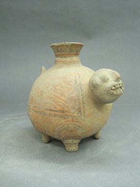<em>Animal Effigy Vessel</em>, 500-800?. Ceramic, pigment, 6 1/2 x 5 1/2 x 8 in. (16.5 x 14 x 20.3 cm). Brooklyn Museum, Alfred W. Jenkins Fund, 34.2005. Creative Commons-BY (Photo: Brooklyn Museum, CUR.34.2005_view1.jpg)