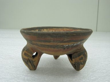 <em>Tripod Bowl</em>, 800-1200?. Ceramic, pigment, 2 3/4 x 4 1/2 x 4 1/2 in. (7 x 11.4 x 11.4 cm). Brooklyn Museum, Alfred W. Jenkins Fund, 34.2018. Creative Commons-BY (Photo: Brooklyn Museum, CUR.34.2018_view1.jpg)