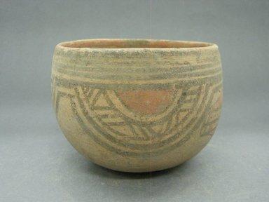 <em>Bowl</em>, 1000-1550. Ceramic, 3 15/16 x 5 3/8 x 5 3/8 in. (10 x 13.7 x 13.7 cm). Brooklyn Museum, Alfred W. Jenkins Fund, 34.2024. Creative Commons-BY (Photo: Brooklyn Museum, CUR.34.2024_view1.jpg)