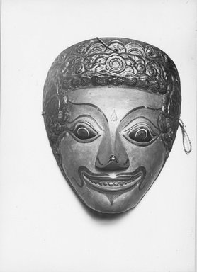 <em>Theatrical Mask</em>, 19th century. Wood, pigment Brooklyn Museum, Brooklyn Museum Collection, 34.33. Creative Commons-BY (Photo: Brooklyn Museum, CUR.34.33_front_print_bw.jpg)
