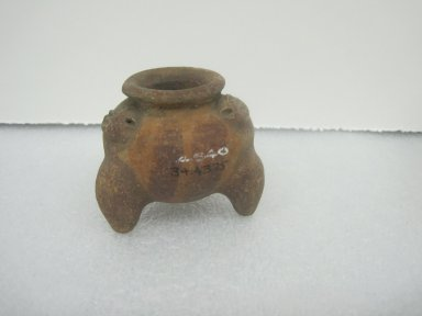 <em>Miniature Tripod Jar</em>, 300-800. Ceramic, pigment, 2 x 2 3/8 x 2 1/2 in. (5.1 x 6 x 6.4 cm). Brooklyn Museum, Alfred W. Jenkins Fund, 34.4375. Creative Commons-BY (Photo: Brooklyn Museum, CUR.34.4375.jpg)