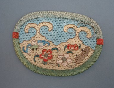 <em>Apricot Shaped Purse for Woman</em>. Embroidery, 5 1/2 x 3 15/16 in. (14 x 10 cm). Brooklyn Museum, Brooklyn Museum Collection, 34.901. Creative Commons-BY (Photo: Brooklyn Museum, CUR.34.901.jpg)