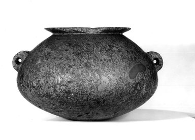 <em>Jar with Tubular Handles</em>, ca. 4400-2675 B.C.E. Breccia, 7 9/16 x Greatest diam. 10 1/4 in. (19.2 x 26 cm). Brooklyn Museum, Charles Edwin Wilbour Fund, 35.1313. Creative Commons-BY (Photo: Brooklyn Museum, CUR.35.1313_NegA_print_bw.jpg)