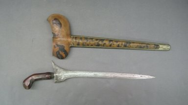 <em>Kris and Scabbard</em>. Metal, wood, 5 7/8 × 19 11/16 in. (15 × 50 cm). Brooklyn Museum, Gift of Appleton Sturgis, 35.2077a-b. Creative Commons-BY (Photo: Brooklyn Museum, CUR.35.2077a-b.jpg)