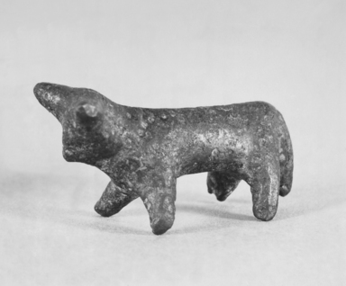 Greek. <em>Bull</em>, ca. 2650-2200 B.C.E. Bronze, 1 1/16 x 1 7/8 in. (2.7 x 4.8 cm). Brooklyn Museum, Charles Edwin Wilbour Fund, 35.754. Creative Commons-BY (Photo: Brooklyn Museum, CUR.35.754_print_bw.jpg)