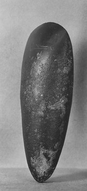 <em>Axe</em>, ca. 3200 B.C.E. (possibly). Stone, Length: 5 in. (12.7 cm). Brooklyn Museum, Charles Edwin Wilbour Fund, 35.771. Creative Commons-BY (Photo: Brooklyn Museum, CUR.35.771_print_bw.jpg)