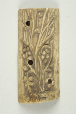 Byzantine. <em>Plaque with Botanical Decoration</em>, 5th-6th century C.E. Bone, 1 1/2 x 3 5/16 in. (3.8 x 8.4 cm). Brooklyn Museum, Frank L. Babbott Fund and Henry L. Batterman Fund, 36.168.2. Creative Commons-BY (Photo: Brooklyn Museum (in collaboration with Index of Christian Art, Princeton University), CUR.36.168.2_ICA.jpg)