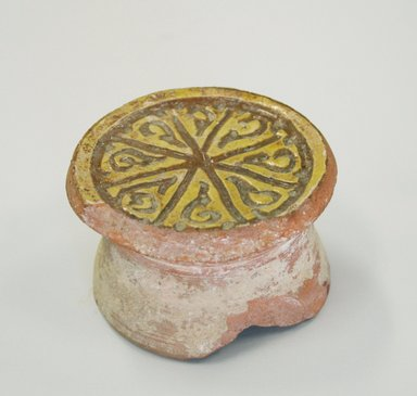 Byzantine. <em>Round Bowl on a High Boss</em>, 13th century. Ceramic, 1 11/16 x 2 3/4 in. (4.3 x 7 cm). Brooklyn Museum, Frank L. Babbott Fund and Henry L. Batterman Fund, 36.189. Creative Commons-BY (Photo: Brooklyn Museum, CUR.36.189_view1.jpg)