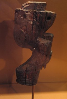 <em>Furniture Leg, Probably from a Bed</em>, ca. 3000-2675 B.C.E. Wood, 5 11/16 in. (14.5 cm). Brooklyn Museum, Charles Edwin Wilbour Fund, 36.290.4. Creative Commons-BY (Photo: Brooklyn Museum, CUR.36.290.4_erg3.jpg)