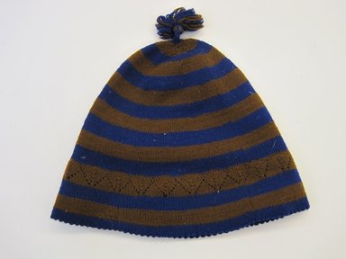 <em>Child's Hat</em>, ca. 1936. Wool, 7 9/16 × 8 1/8 in. (19.2 × 20.6 cm). Brooklyn Museum, Gift of Dr. John H. Finney, 36.736. Creative Commons-BY (Photo: Brooklyn Museum, CUR.36.736.jpg)