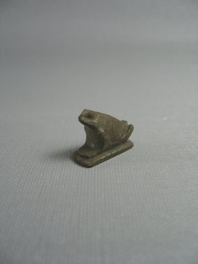 <em>Figure of a Frog</em>, ca. 1539-1292 B.C.E. Quartz, 3/4 × 3/8 × 7/8 in. (1.9 × 0.9 × 2.3 cm). Brooklyn Museum, Charles Edwin Wilbour Fund, 37.1122E. Creative Commons-BY (Photo: Brooklyn Museum, CUR.37.1122E_View1.jpg)