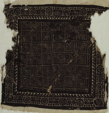 Coptic. <em>Square Fragment with Botanical and Geometric Decoration</em>, 4th-5th century C.E. Linen, wool, 15 x 15 in. (38.1 x 38.1 cm). Brooklyn Museum, Charles Edwin Wilbour Fund, 37.1771E. Creative Commons-BY (Photo: Brooklyn Museum (in collaboration with Index of Christian Art, Princeton University), CUR.37.1771E_ICA.jpg)