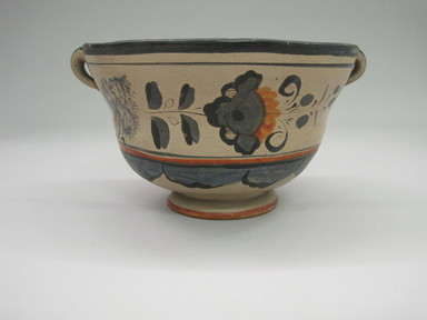 Tonala. <em>Bowl</em>, 19th century. Cream colored pottery, 3 1/4 x 6 1/8 x 5 5/16 in. (8.3 x 15.6 x 13.5 cm). Brooklyn Museum, Frank Sherman Benson Fund and the Henry L. Batterman Fund, 37.2954PA. Creative Commons-BY (Photo: , CUR.37.2954PA.jpg)