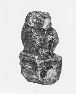 <em>Figure of a Cynocephalus Ape</em>, ca. 1539-1075 B.C.E. Steatite, 4 x 2 1/16 x 2 1/16 in. (10.2 x 5.2 x 5.3 cm). Brooklyn Museum, Charles Edwin Wilbour Fund, 37.325E. Creative Commons-BY (Photo: Brooklyn Museum, CUR.37.325E_37.324E_GRPA_print_cropped_bw.jpg)