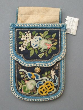 <em>Pouch</em>, late 19th-early 20th century. Cotton, silk, 6 1/8 x 3 5/8 in. (15.5 x 9.2 cm). Brooklyn Museum, Frank L. Babbott Fund, 37.371.327. Creative Commons-BY (Photo: Brooklyn Museum, CUR.37.371.327_side1.jpg)