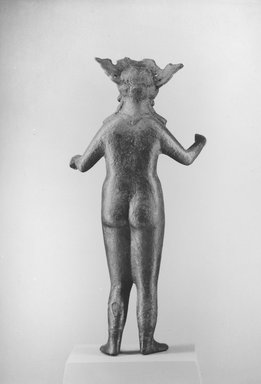 <em>Large Statuette of a Goddess, Probably Hathor or Aphrodite</em>, 1st-3rd century C.E. Bronze, 12 5/8 x 5 11/16 x 3 3/8 in. (32 x 14.4 x 8.5 cm). Brooklyn Museum, Charles Edwin Wilbour Fund, 37.572E. Creative Commons-BY (Photo: Brooklyn Museum, CUR.37.572E_NegA_print_bw.jpg)