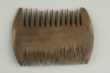 Coptic. <em>Comb</em>, 395-642 C.E. Wood, 3 3/16 x 3/8 x 4 1/2 in. (8.1 x 1 x 11.4 cm). Brooklyn Museum, Charles Edwin Wilbour Fund, 37.670E. Creative Commons-BY (Photo: Brooklyn Museum (in collaboration with Index of Christian Art, Princeton University), CUR.37.670E_ICA.jpg)