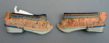 <em>Pair of Women's Shoes</em>, 19th century. Silk, Each: 2 3/8 x 5 1/2 in. (6 x 14 cm). Brooklyn Museum, Gift of Florence Harvey Linder, 38.650a-b. Creative Commons-BY (Photo: Brooklyn Museum, CUR.38.650a-b_view1.jpg)