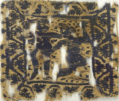 Coptic. <em>Square Fragment with Figural and Floral Decoration</em>, 5th-6th century C.E. Flax, wool, 4 1/2 x 5 1/4 in. (11.4 x 13.3 cm). Brooklyn Museum, Charles Edwin Wilbour Fund, 38.675. Creative Commons-BY (Photo: Brooklyn Museum (in collaboration with Index of Christian Art, Princeton University), CUR.38.675_ICA.jpg)