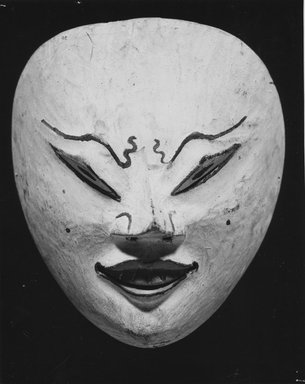 <em>Theatrical Mask</em>, second half 19th century. Wood, 5 13/16 x 5 1/8 in. (14.8 x 13 cm). Brooklyn Museum, Gift of S. Koperberg, 39.418. Creative Commons-BY (Photo: Brooklyn Museum, CUR.39.418_print_bw.jpg)