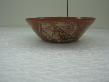Aztec. <em>Bowl</em>, ca. 1325-1500. Ceramic, pigment, 1 15/16 x 5 7/8 x 5 7/8 in. (5 x 15 x 15 cm). Brooklyn Museum, Museum Expedition 1939, Museum Purchase, 40.35. Creative Commons-BY (Photo: Brooklyn Museum, CUR.40.35_view1.jpg)