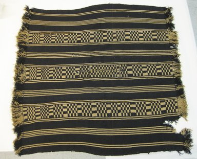 Mapuche. <em>Poncho</em>. Wool, 50 3/8 x 52 3/4 in. (128 x 134 cm). Brooklyn Museum, Museum Expedition 1941, Frank L. Babbott Fund, 41.1274.10. Creative Commons-BY (Photo: Brooklyn Museum, CUR.41.1274.10.jpg)