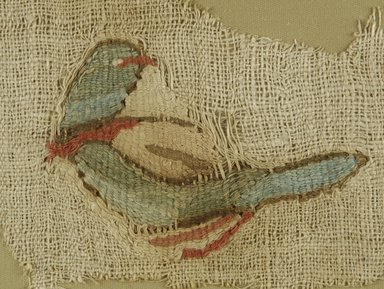 Coptic. <em>Bird</em>, 5th-6th century C.E. Flax, wool, 4 3/4 x 8 in. (12.1 x 20.3 cm). Brooklyn Museum, Gift of Pratt Institute, 41.792. Creative Commons-BY (Photo: Brooklyn Museum (in collaboration with Index of Christian Art, Princeton University), CUR.41.792_ICA.jpg)
