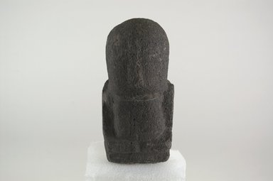 Marquesan. <em>Figure (Tiki Ke'a)</em>, before 1938. Stone, 5 1/2 x 2 3/4 x 2 3/4 in. (14 x 7 x 7 cm). Brooklyn Museum, A. Augustus Healy Fund, 42.211.112. Creative Commons-BY (Photo: Brooklyn Museum, CUR.42.211.112_front_PS5.jpg)