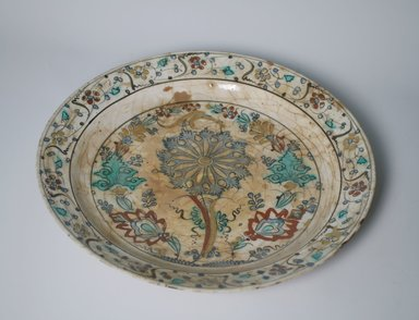 <em>Plate</em>, 17th century. Pottery, 2 5/16 x 13 5/8 in. (5.9 x 34.6 cm). Brooklyn Museum, Gift of Mrs. Horace O. Havemeyer, 42.212.33. Creative Commons-BY (Photo: Brooklyn Museum, CUR.42.212.33.jpg)
