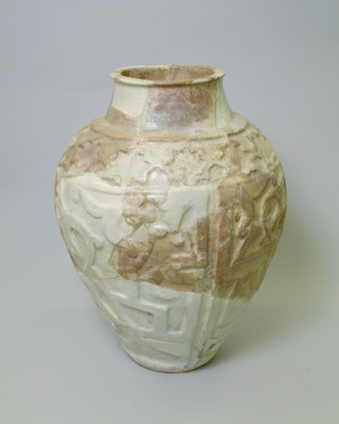 <em>Vase</em>, 13th century. Ceramic, fritware with modern fills, 16 1/4 x 12 3/16 in. (41.2 x 31 cm). Brooklyn Museum, Gift of Mrs. Horace O. Havemeyer, 42.212.61. Creative Commons-BY (Photo: Brooklyn Museum, CUR.42.212.61_view2.jpg)