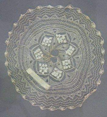 <em>2 Linen Lace Doilies</em>., a: 6 3/4 in. (17.1 cm). Brooklyn Museum, 42.221.57a-b (Photo: Brooklyn Museum, CUR.42.221.57a.jpg)