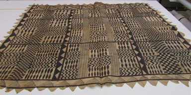 Samoan. <em>Tapa (Siapo)</em>, late 19th-mid 20th century. Barkcloth, pigment, 66 1/8 × 51 3/4 in. (168 × 131.5 cm). Brooklyn Museum, Gift of Serge A. Korff, 43.218.2. Creative Commons-BY (Photo: , CUR.43.218.2_overall.jpg)